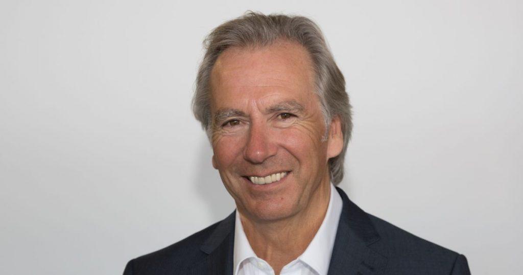 Inwestor i filantrop z AO Bill Holroyd ujawnia sekrety dobrej transakcji