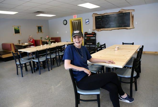 Kasha Gorsky jest założycielem i właścicielem Kasha Kitchen, nowej restauracji śniadaniowej w Ketiri.