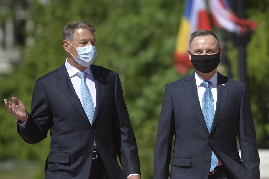Przywódca Rumunii mówi Bidenowi, że potrzeba więcej sił NATO na wschodzie |  Biznes