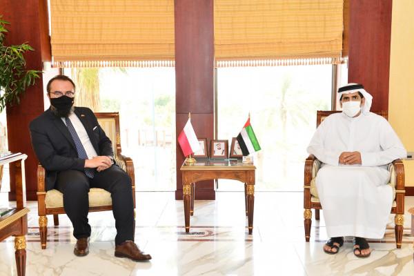 Emirates News Agency - Abu Dhabi Chamber chce wzmocnić współpracę z polskimi przedsiębiorcami