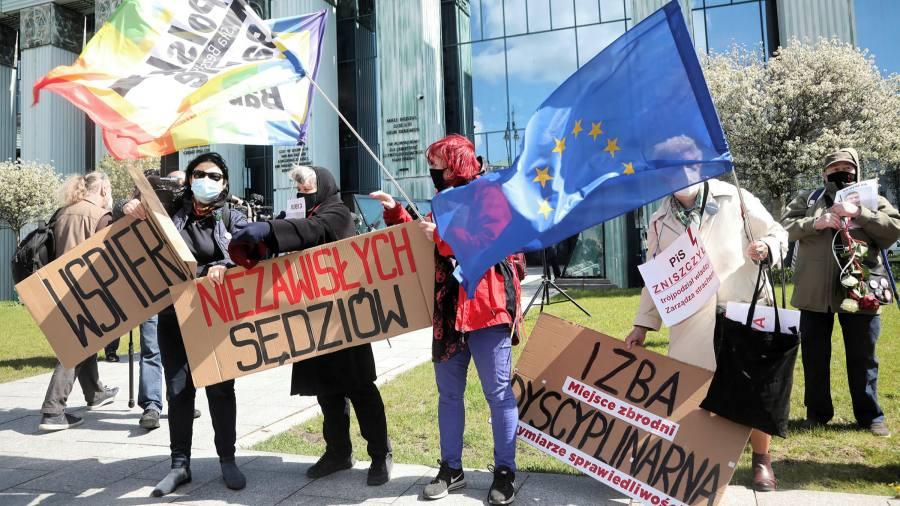 Wyzwanie Polski wobec prawa UE musi się skończyć