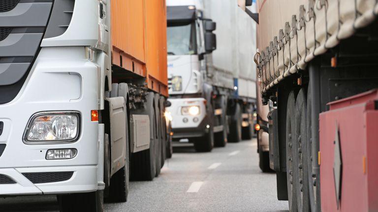 Według Związku Transportu Drogowego ryzyko dla sklepów jest duże